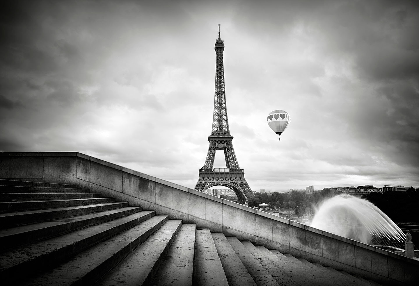 Hot air ballom and Eiffel Tower Eiffel tower from Trocadero garden : Stock Photo      Comp     Embed     Share     Add to Board  Eiffel tower, from Trocadero garden