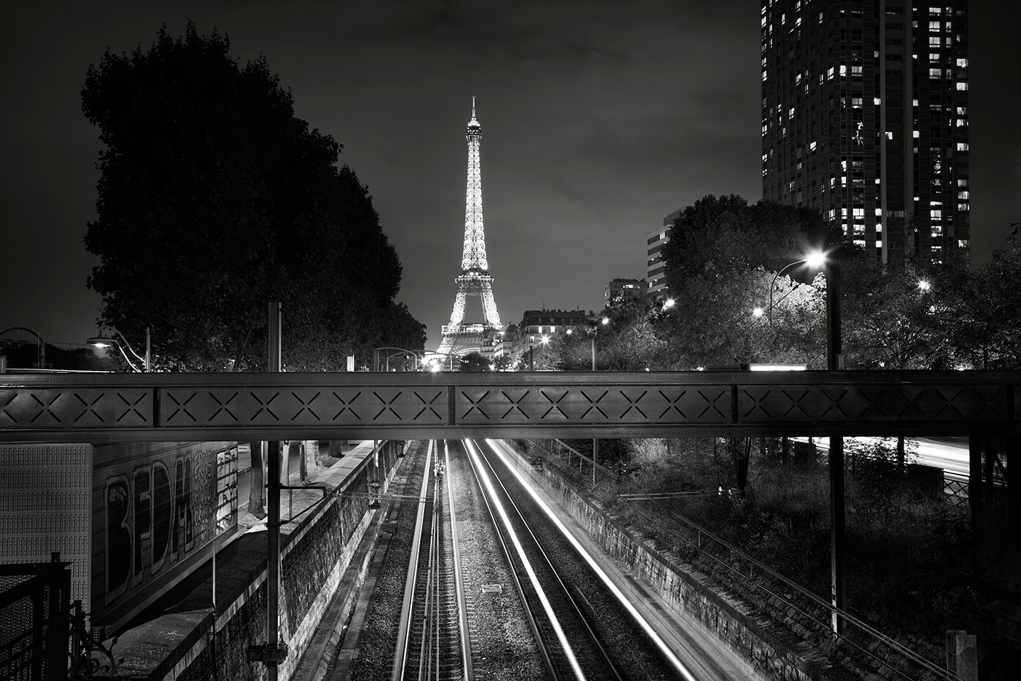 The Paris You Dream Of by joSon