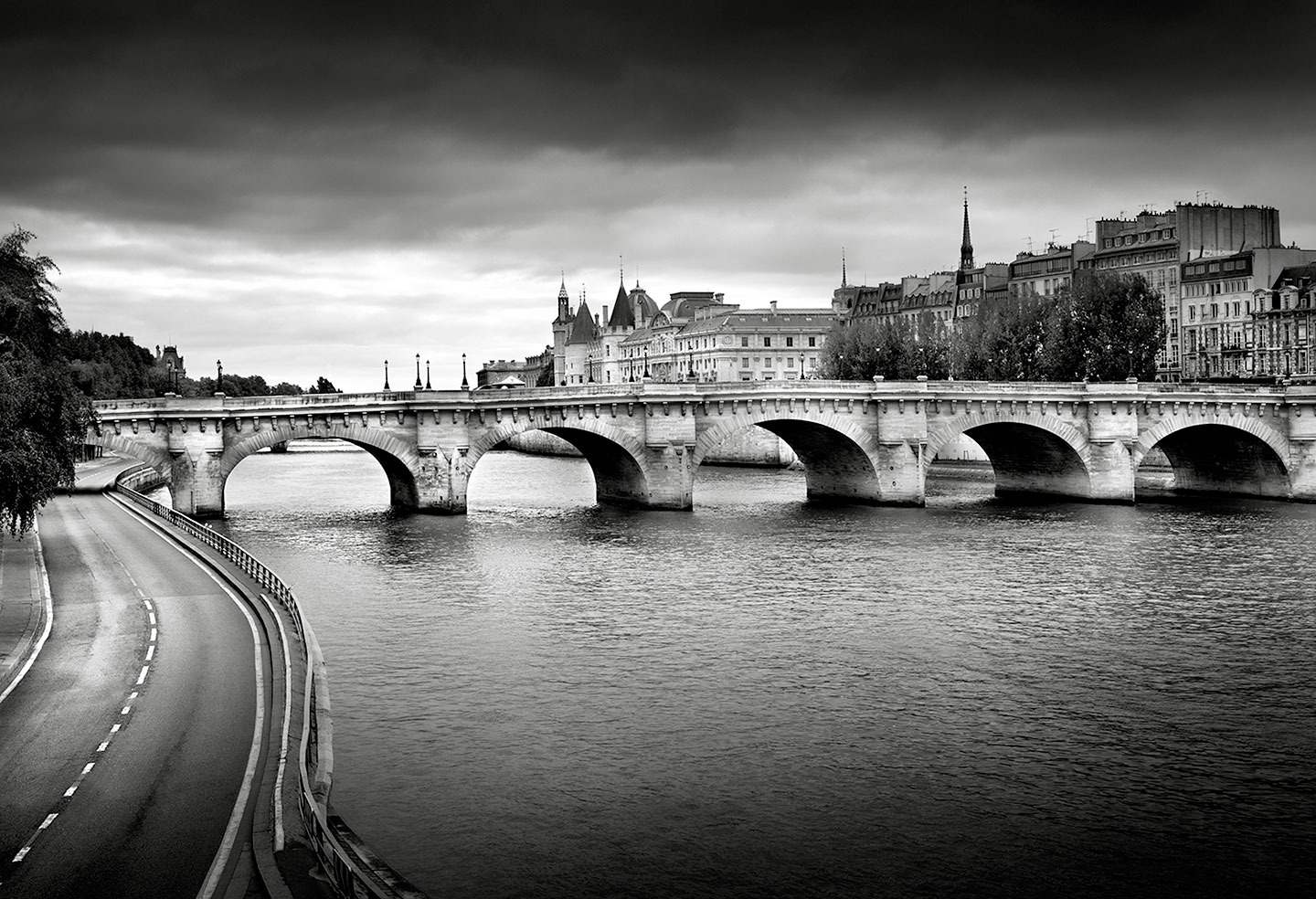 Pont-Neuf and Seine River